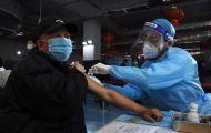 Lý do Trung Quốc trì hoãn tiêm vaccine COVID-19 cho người cao tuổi