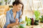 4 thói quen khi ăn nhận biết người sống thọ