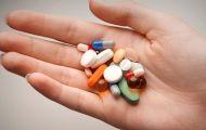 Có nên ngừng uống thuốc khi thấy bất thường?